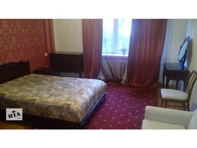 бу  Продам гарнитур спальный про-во Румыния - рэтро в Киеве