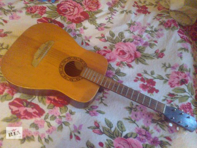 продам Продам гитару акустическая  бу в Донецке
