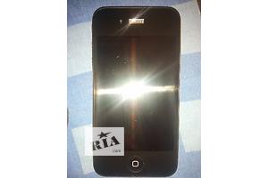 Продам iPhone 4 32gb newerlock