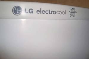 б/у Двухкамерный холодильник LG