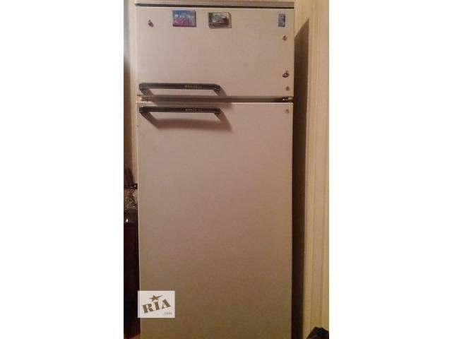 купить бу Продам холодильник  в Киеве