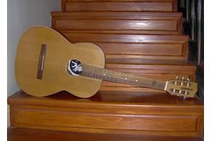б/у Классические гитары
