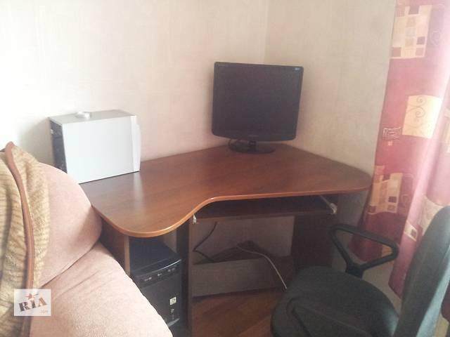 Продам компьютерный стол- объявление о продаже  в Полтаве