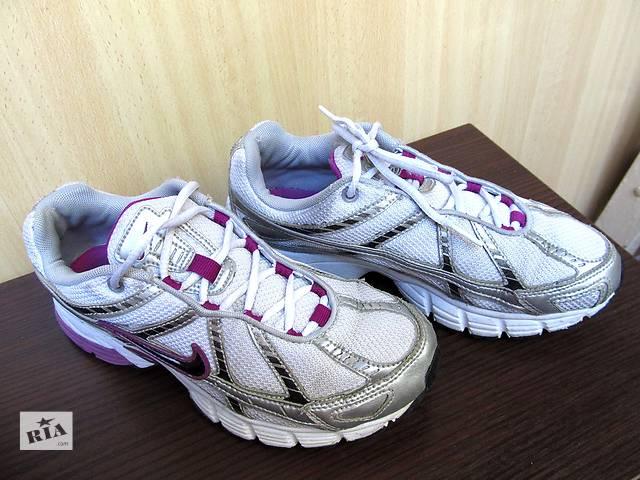 продам Продам кроссовки Nike (оригинал) б/у. . бу в Днепре (Днепропетровске)