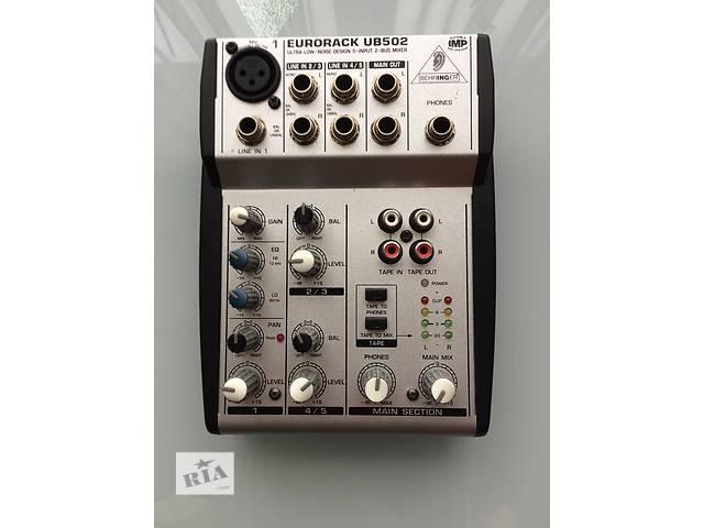 Продам Мікшерний пульт Behringer UB502- объявление о продаже  в Тернополе