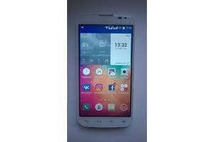 б/у Мобильные на две СИМ-карты LG LG L90