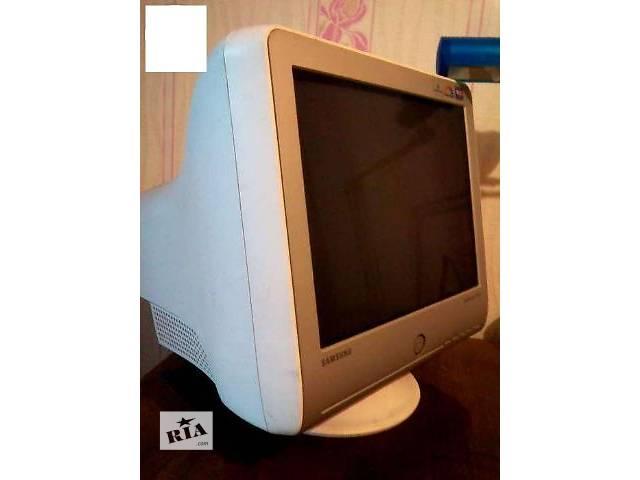 купить бу Продам монитор Samsung 17 элт. в Днепре (Днепропетровск)