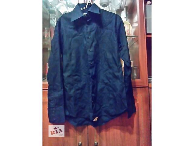 купить бу Продам мужскую черную рубашку с вышивкой ворот 41-42 в Харькове