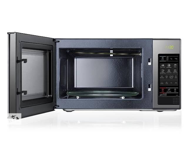 купить бу  Продам микроволновку SAMSUNG GE83X  в Луцке