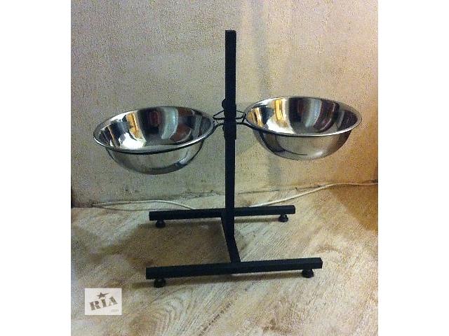 Продам миски для собак на подставке 2 шт. по 2,8 литра. Новые- объявление о продаже  в Харькове