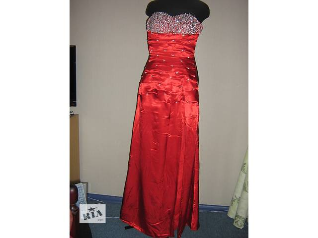 купить бу Продам нарядное длинное платье в Запорожье