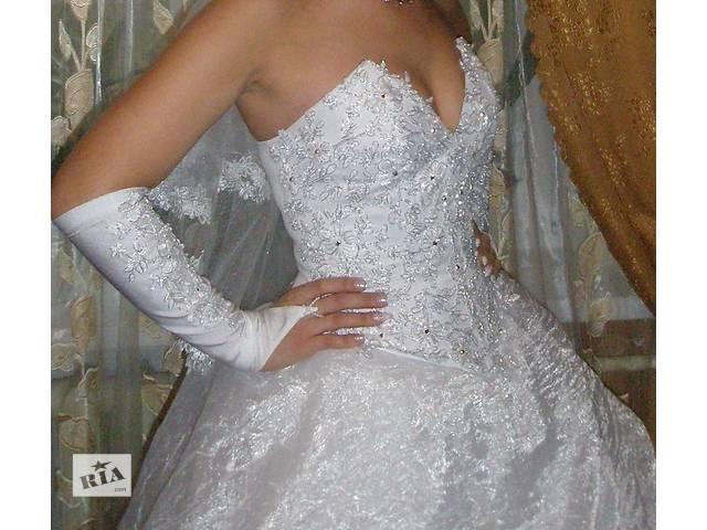 продам продам недорого свадебное платье бу в Мариуполе (Донецкой обл.)
