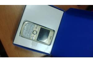 б/у Мобильные телефоны, смартфоны Nokia Nokia C3-00 Golden White