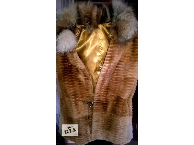 продам Продам новую фирменную меховую жилетку из бобра, воротник - рысь, изг. в Греции бу в Мукачево