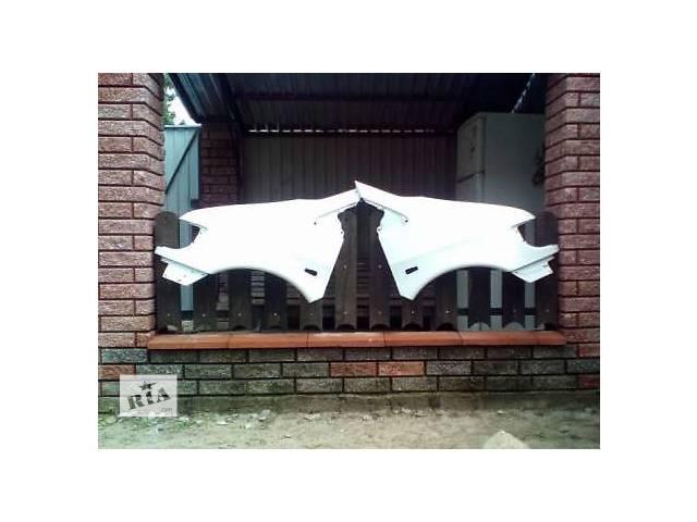 купить бу продам новые пластиковые крылья на 638 МЕРСЕДЕС ВИТО в Киеве