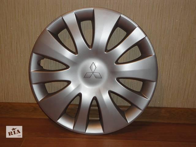 купить бу Продам Оригинальные колпаки на колеса Mitsubishi Lancer 9 Мицубиси Лансер 9 R15 Оригинал 2808 в Киеве