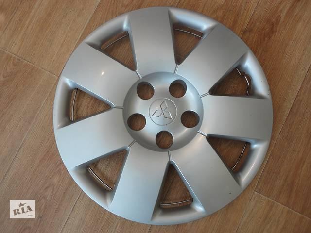 купить бу Продам Оригинальные колпаки на колеса Mitsubishi Outlander (Мицубиси Аутлендер) R16 в Киеве