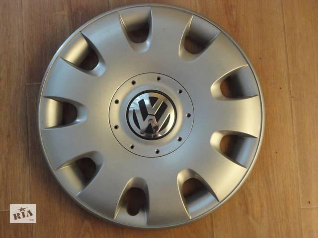 купить бу Продам Оригинальные колпаки на колеса Volkswagen Golf 5 R15 Фольксваген Гольф 5 R15 Оригинал 1Т0 601 147 в Киеве