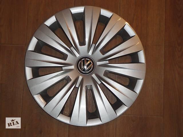 бу Продам Оригинальные колпаки на колеса Volkswagen Golf 7 R15 Фольксваген Гольф 7 R15 Оригинал 5G0 .601.147 в Киеве