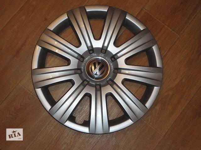 купить бу Продам Оригинальные колпаки на колеса Volkswagen Tiguan R16 ФольксВаген Тигуан R16 Оригинал 5N0.601.147 в Киеве