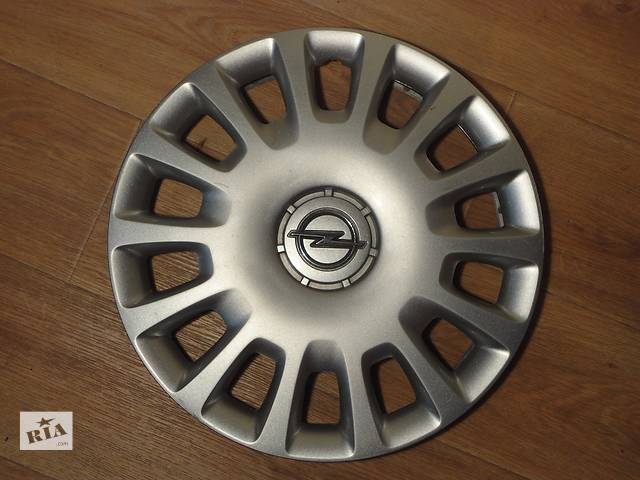 бу Продам Оригинальные колпаки на Opel Corsa r14 Опель Корса r14 Оригинал 13211852 РЕ в Киеве
