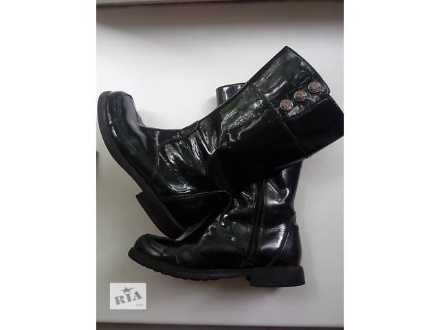 Продам осенние сапоги на девочку фирмы Сlarks- объявление о продаже  в Луганске