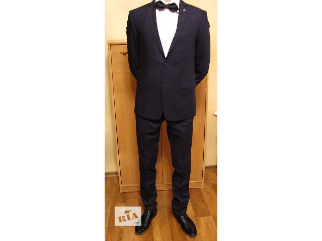 Продам отличный костюм GIOTELLI в хорошем качестве- объявление о продаже  в Белой Церкви (Киевской обл.)