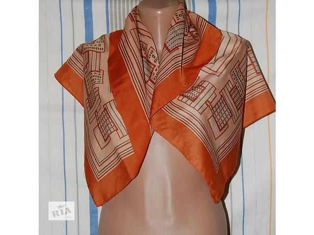 продам Продам платок  из шелка размером 78х78 см. бу в Харькове