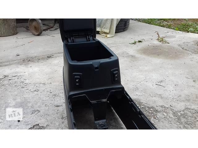 купить бу Продам подлокотник на Mazda 6 GG в Полтаве