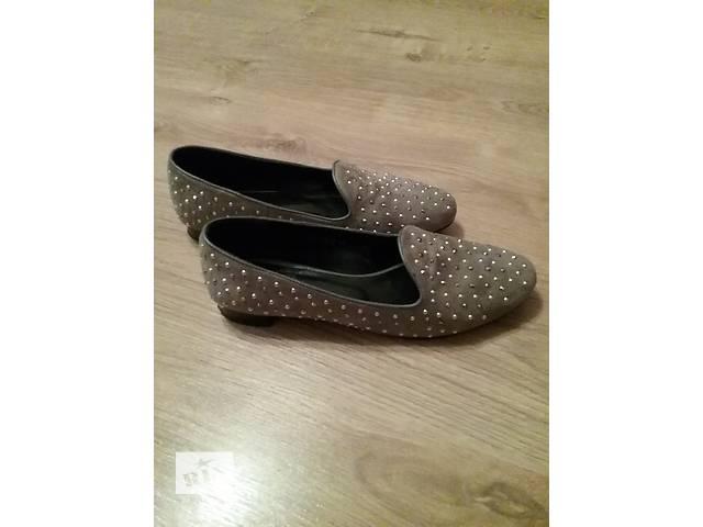 купить бу Продам прекрасные туфли 41р в Киеве