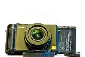 Новые Компактные фотокамеры Panasonic DMC-LX5 Black