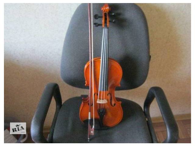 бу Продам работающую скрипку в полной комплектации в Днепре (Днепропетровске)