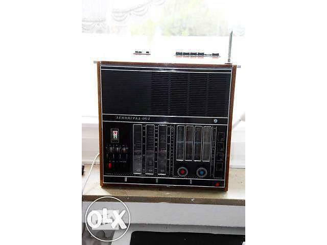 """Продам радиоприемник """"ленинград - 002""""- объявление о продаже  в Полтаве"""