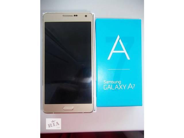купить бу Продам Samsung Galaxy a7 в Каменском (Днепродзержинске)