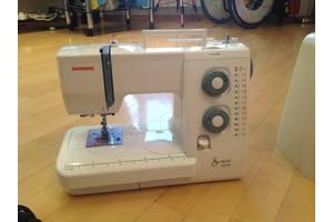 б/у Ножная швейная машинка Janome