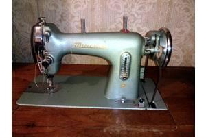 б/у Ножные швейные машинки Minerva