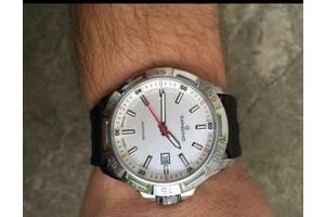 б/у Наручні годинники чоловічі Candino