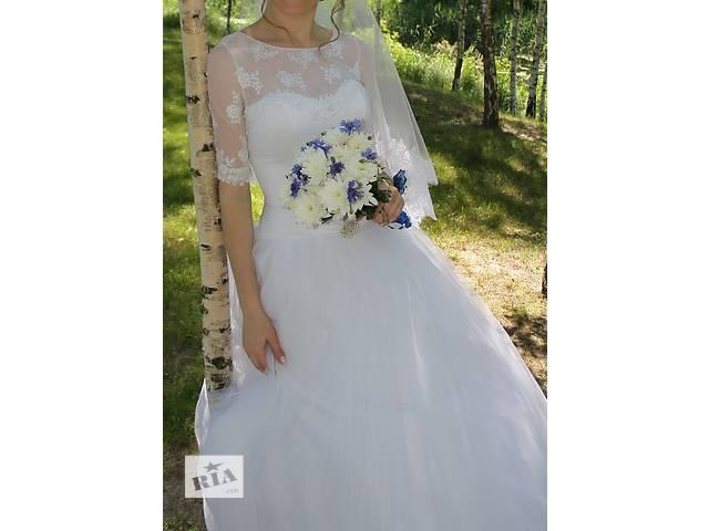 продам Продам шикарное свадебное платье + подарок! бу в Смеле (Черкасской обл.)