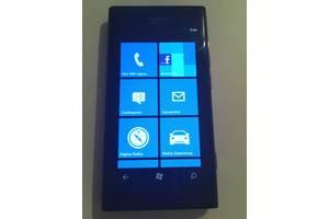 б/у Сенсорные мобильные телефоны Nokia Nokia Lumia 800