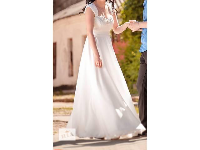Продам свадебное платье- объявление о продаже  в Первомайске (Николаевской обл.)