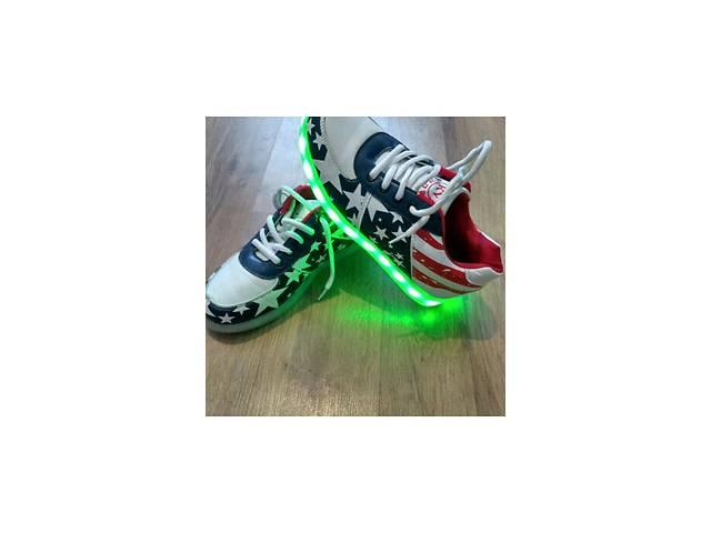 Продам светящиеся кроссовки!!!- объявление о продаже  в Синельниково
