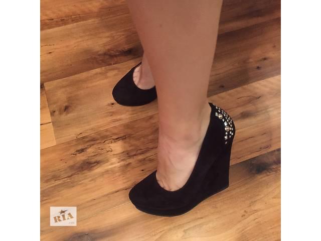 Туфли на платформе- объявление о продаже  в Чорткове