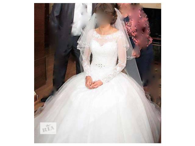 продам продам свадебное платье известного дизайнера бу в Ровно