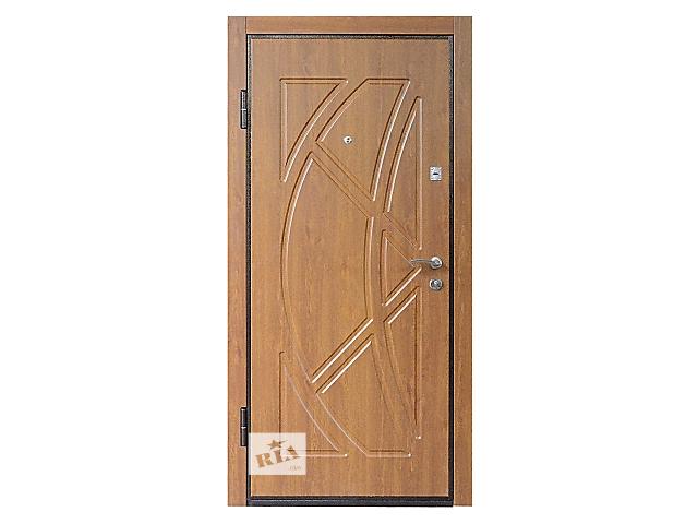 продам вхідні двері мдф бу в Львове