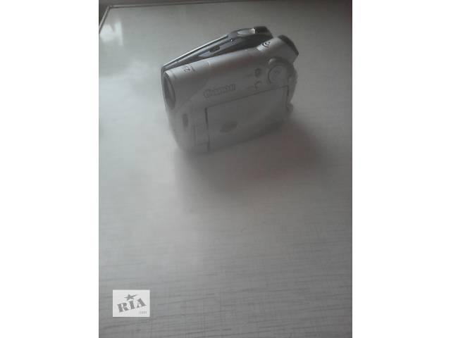 продам Продам видеокамеру Canon DC95 цвет серый бу в Харькове