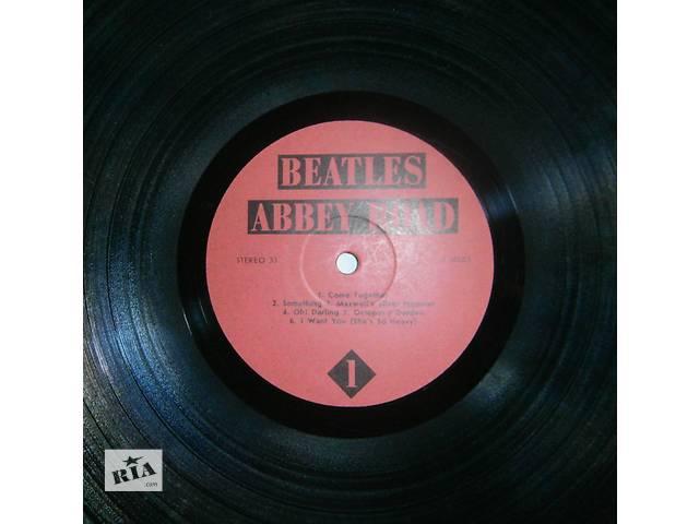 купить бу Продам виниловые пластинки BEATLES в Харькове