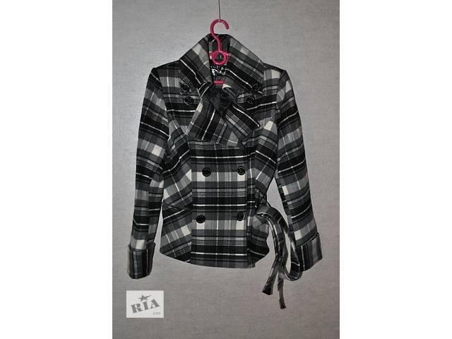 бу Продам женское клетчатое пальто NEW LOOK с поясом осень-весна. в Харькове