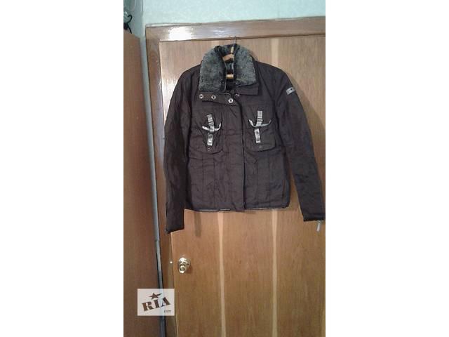 Продам женскую куртку- объявление о продаже  в Харькове