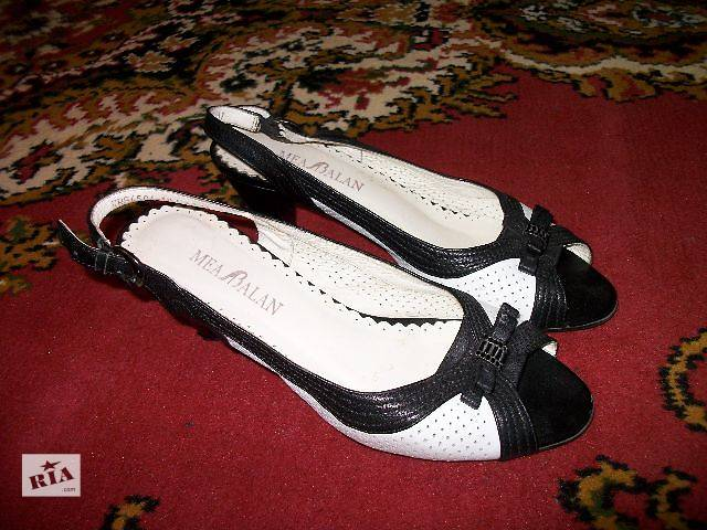 купить бу продам женские босоножки на каблуке кожаные в Хмельницком