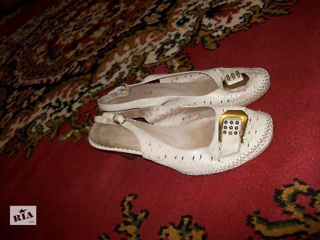 купить бу продам женские кожаные босоножки на каблуке в Хмельницком